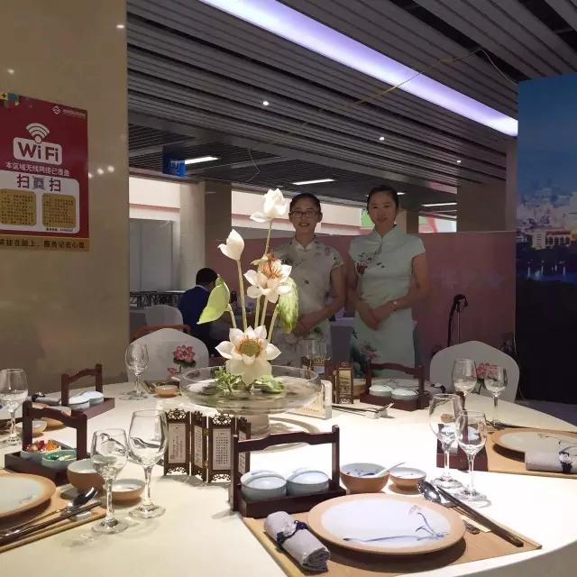 美食必先美器,宴会台面文化就是享受美食的意境道场,七星岛布艺愿